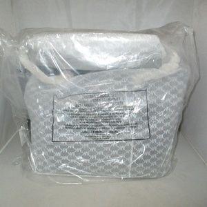 Michael Kors Bags - Michael Kors Studio Mercer Chain-Link Leather Tote